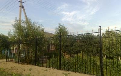 Кованый забор для дачного участка